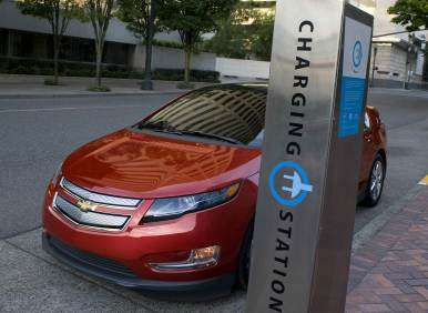 2013 Chevrolet Volt Returns With New Features, Same Great Electric Range