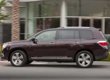 Fast Five: Best Mid-Size SUVs for 2012