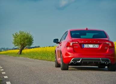 The 10 Best Six Cylinder Luxury Sedans of 2012 (plus one)
