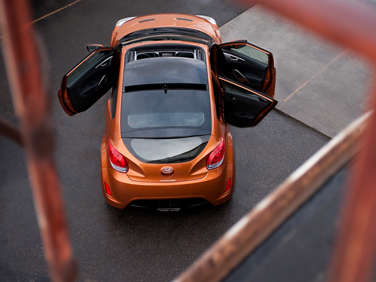 NHTSA Investigating 2012 Hyundai Veloster Sunroof Issue