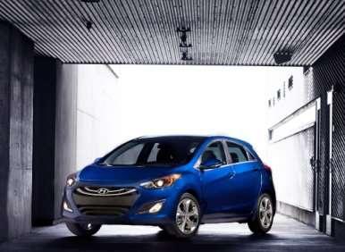 2013 Hyundai Elantra GT Earns 5-Stars