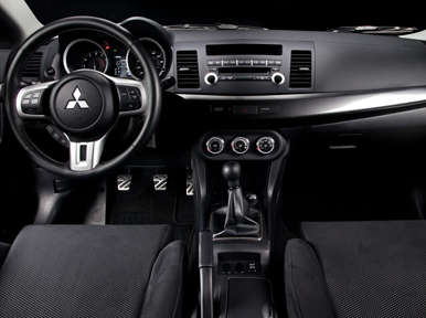 Interior: 2013 Mitsubishi Lancer Evolution GSR