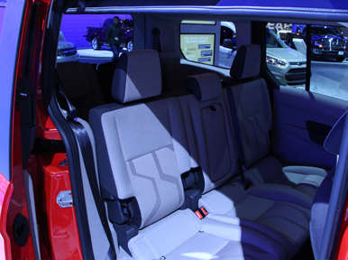 2014 ford transit connect wagon preview los angeles auto show. Black Bedroom Furniture Sets. Home Design Ideas