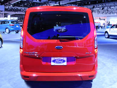 2014 Ford Transit Connect Wagon Preview: Los Angeles Auto Show | Autobytel.com