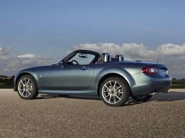Autobytel Convertible of the Year Finalist: 2013 Mazda MX-5 Miata