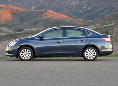 2013 Nissan Sentra Road Test and Review: Pros and Cons