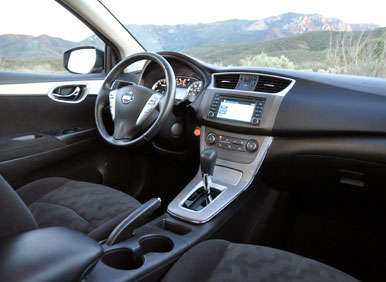 2013 Nissan Sentra Road Test and Review: Features and Controls