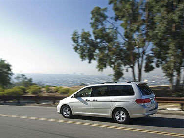 Best Used Minivans: 2004-2010 Toyota Sienna