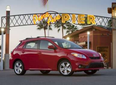 Best Winter Cars - 08 - 2013 Toyota Matrix