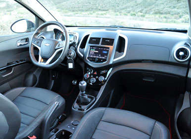2013 Chevrolet Sonic RS Road Test and Review: Features and Controls
