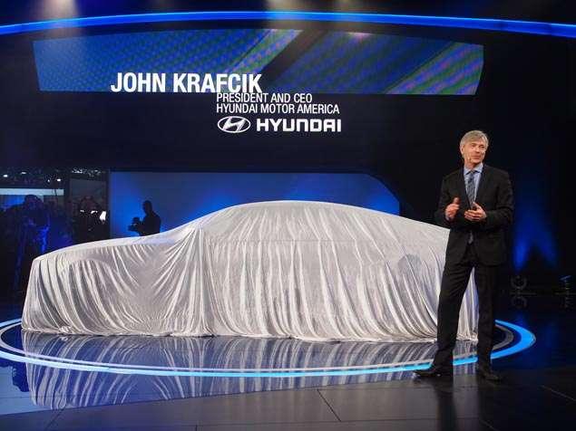 Hyundai HCD-14 Genesis Concept Preview: 2013 Detroit Auto Show