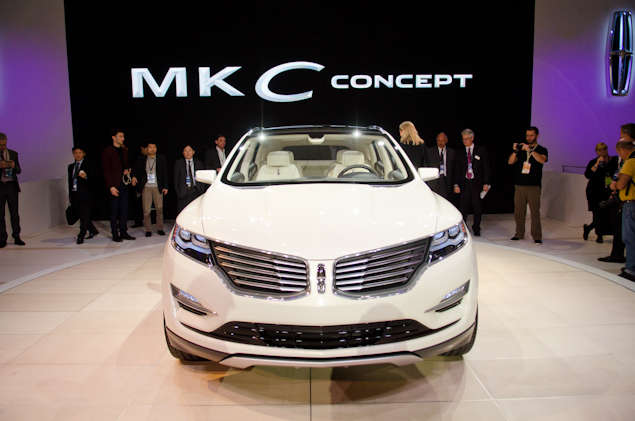 What's New for the 2013 Lincoln MKC Concept: