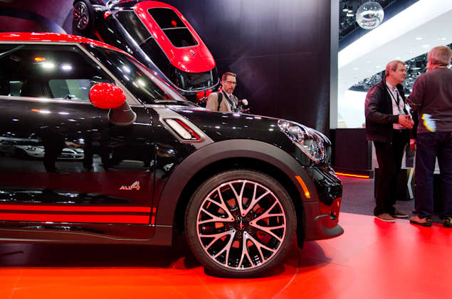 New 2014 MINI John Cooper Works Paceman: Styling and Design
