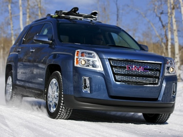 2013 GMC Sierra, 2013 Ford Edge Lauded by Insurance Experts