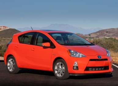 Hatchback Cars For 2013 - 10 - 2013 Toyota Prius C