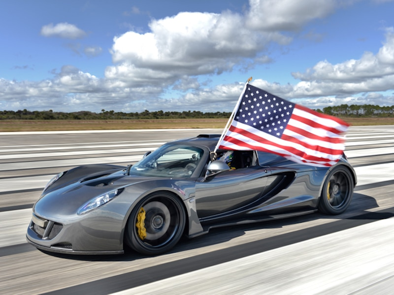 8 Best American Sports Cars
