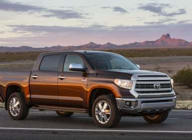 2014 Toyota Tundra Brings Exclusive Features to Full-size Pickup Segment