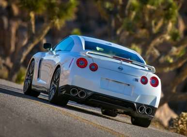 10 Things You Need To Know About The 2014 Nissan GT-R