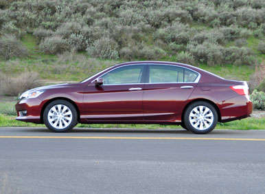 2013 honda accord sedan road test and review. Black Bedroom Furniture Sets. Home Design Ideas