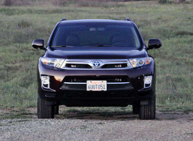 2013 Toyota Highlander Hybrid Road Test and Review