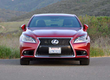2013 Lexus LS Road Test and Review