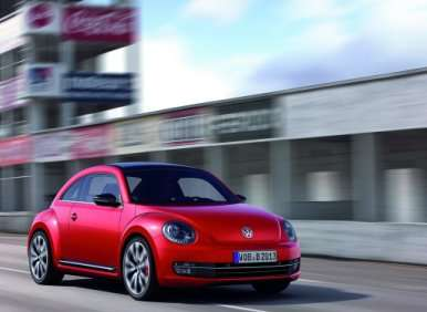2014 VW Beetle Teams with Apple for iPhone Integration