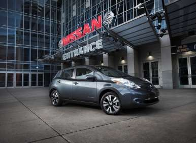 2013 Nissan LEAF Targets 130 MPGe in City Driving