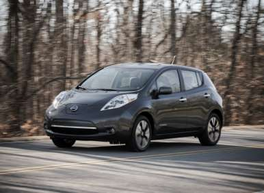 2013 Nissan LEAF Scores Top Safety Pick Recognition from IIHS