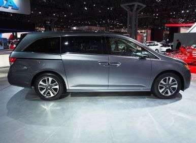 2014 Honda Odyssey Adds Full Slate of Safety Measures