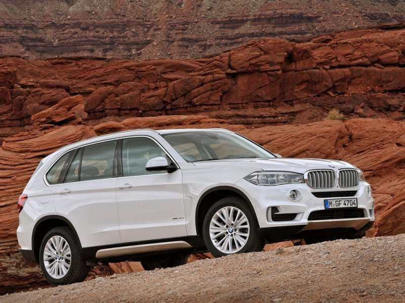 2014 BMW X5 to Offer First RWD Model