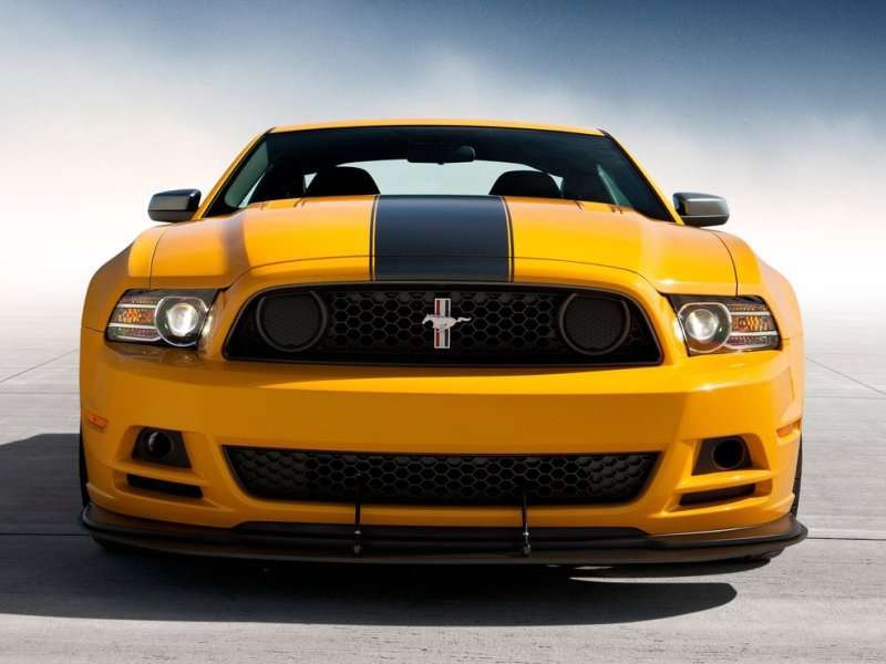 2013 Ford Mustang Boss 302 Road Test & Review | Autobytel.com