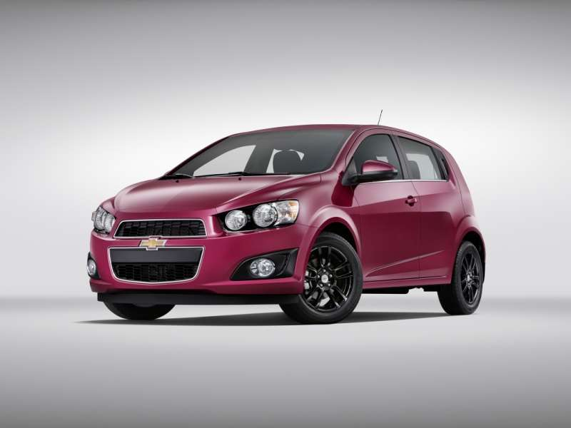 Limited-edition Colors to Debut for 2014 Chevrolet Sonic