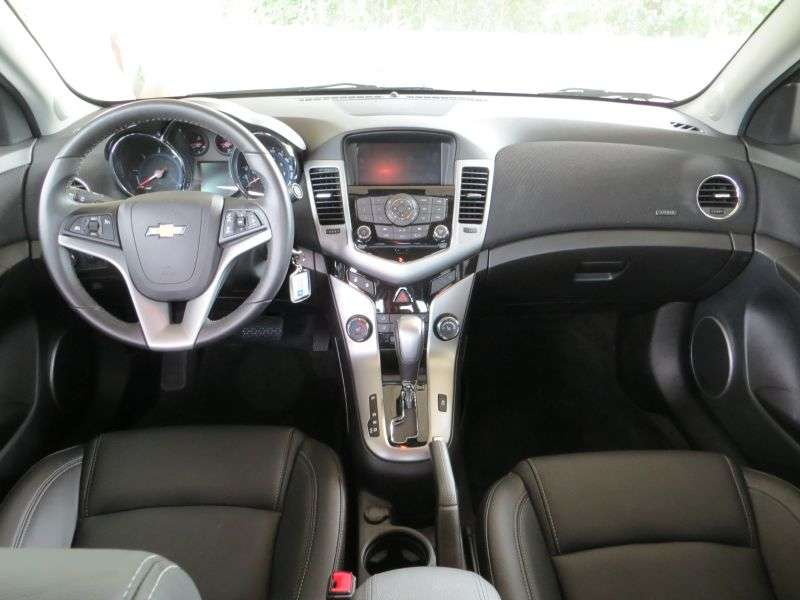 2014 chevrolet cruze diesel road test and review. Black Bedroom Furniture Sets. Home Design Ideas