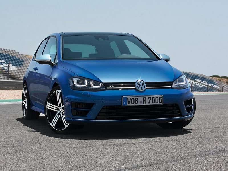 New VW Golf R Runs Greener and Faster than Ever