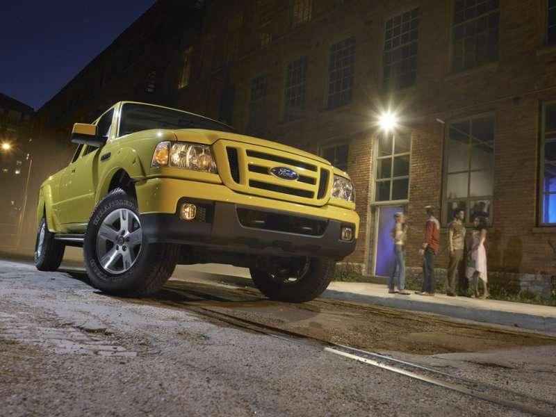 Best Used Trucks Under $10,000   Autobytel.com
