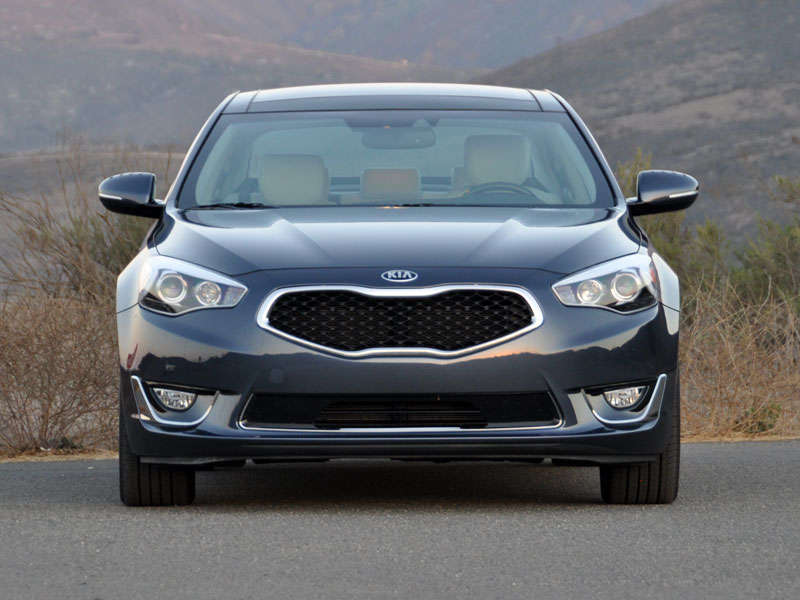 2014 Kia Cadenza Luxury Sedan Road Test and Review
