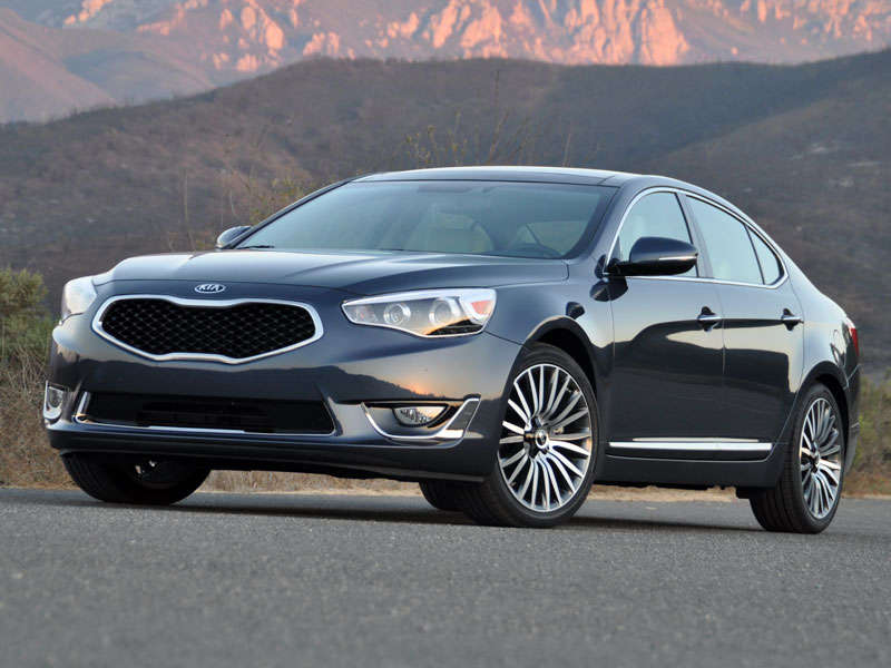 2014 kia cadenza luxury sedan road test and review. Black Bedroom Furniture Sets. Home Design Ideas