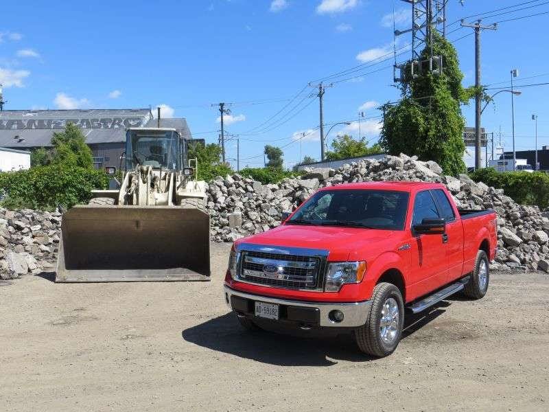 2013 Ford F-150 XLT SuperCab Pickup Truck Quick Spin