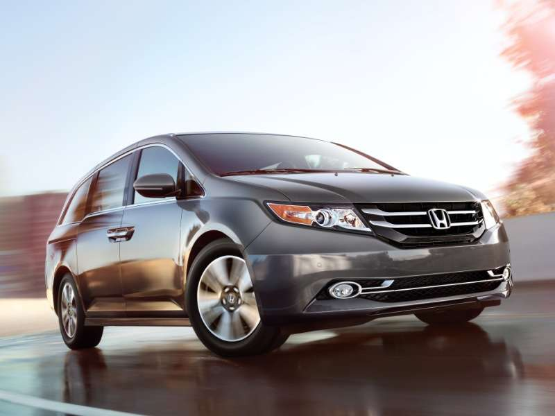 2014 Honda Odyssey Becomes First Top Safety Pick+ Minivan