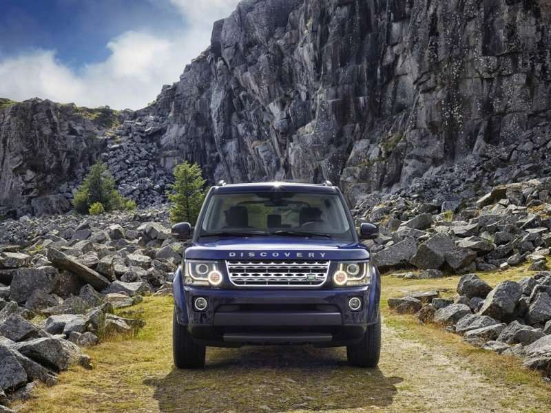 Land Rover Makes Some Adjustments To The 2014 LR4