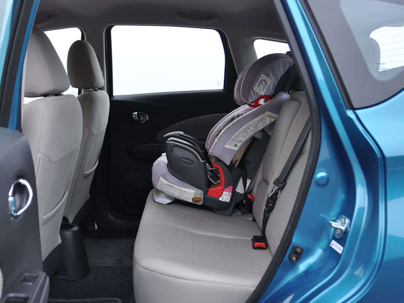 2014 Nissan Versa Note Road Test and Review | Autobytel.com
