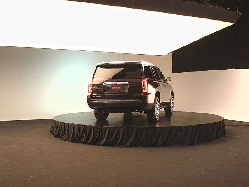 2015 GMC Yukon Denali & Yukon XL SLT Unveiled