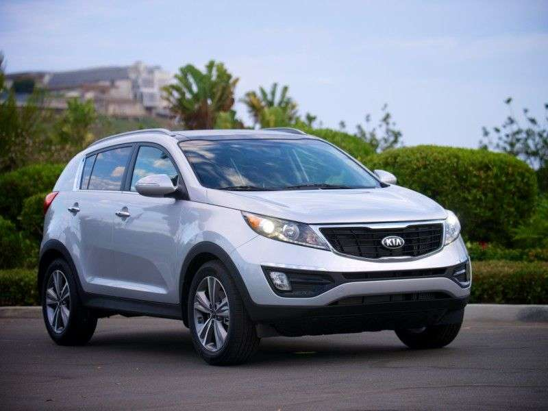 New Powertrain Tech Boosts Efficiency for 2014 Kia Sportage