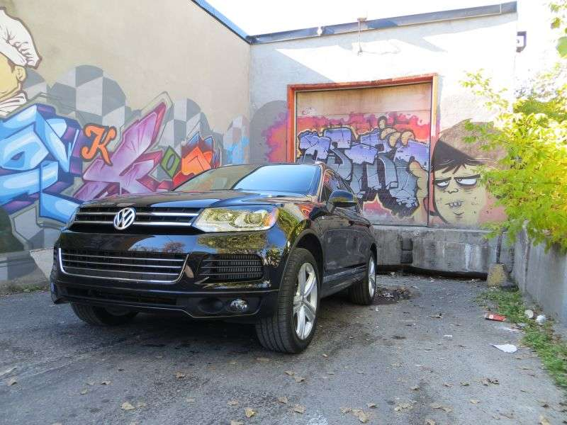 2014 Volkswagen Touareg TDI Road Test And Review