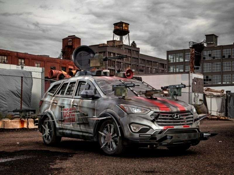 2014 Hyundai Santa Fe Helps Open 2013 New York Comic-Con