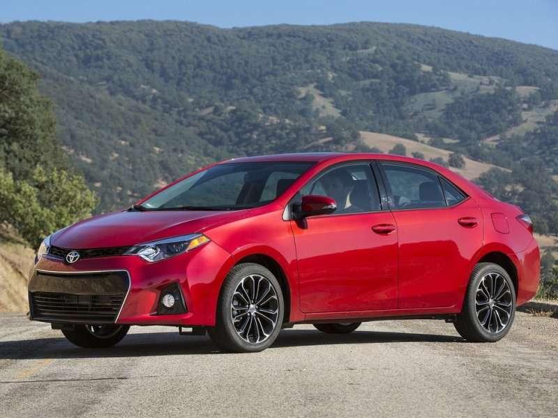 October Auto Sales: Toyota Keeps Climbing Up
