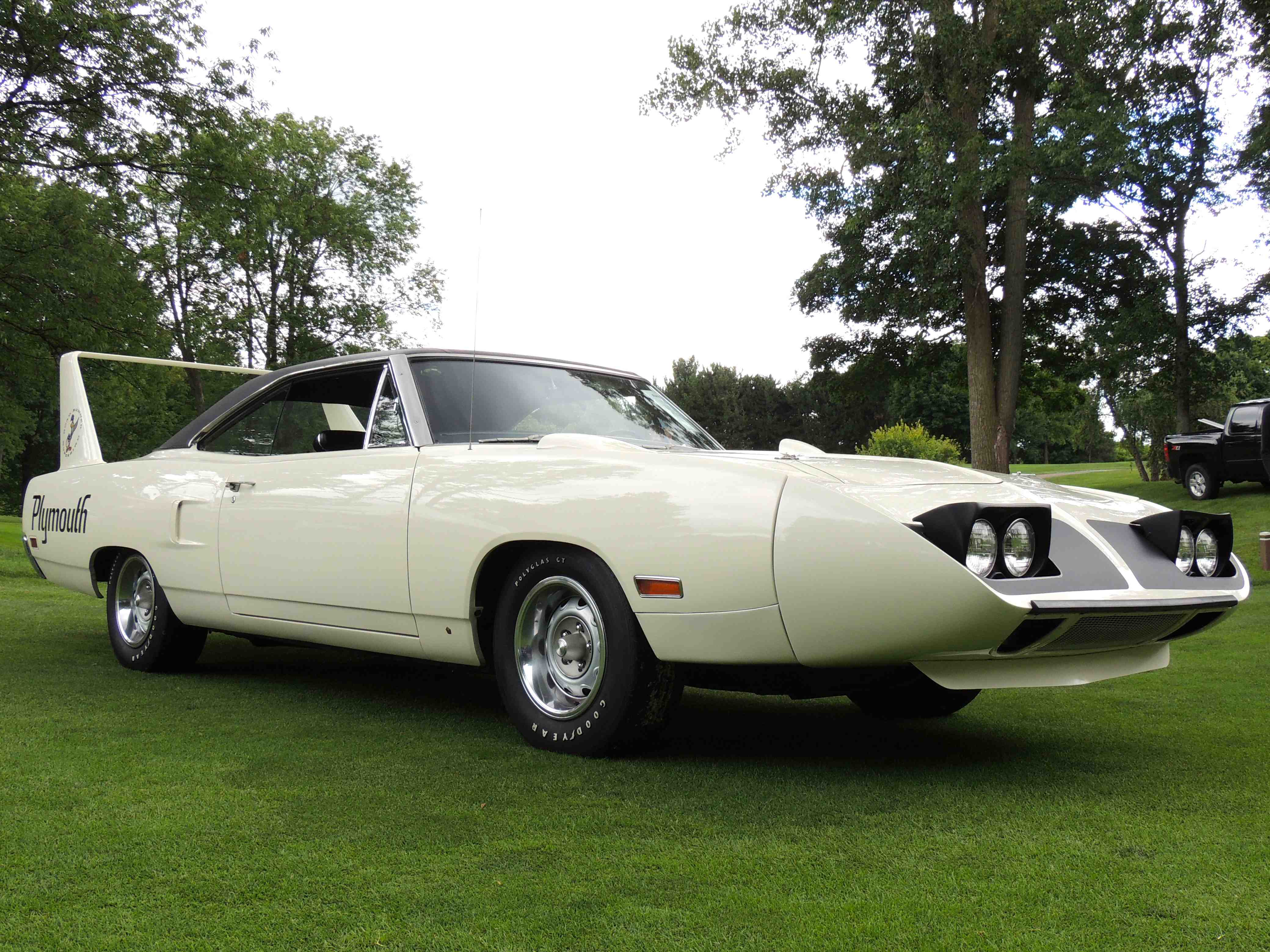 RM, Sotheby's to Serve up Superbird for Thanksgiving Treat