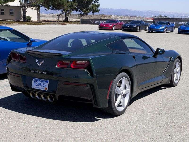 Road & Track Names 2014 Chevy Corvette Stingray Performance Car of the Year