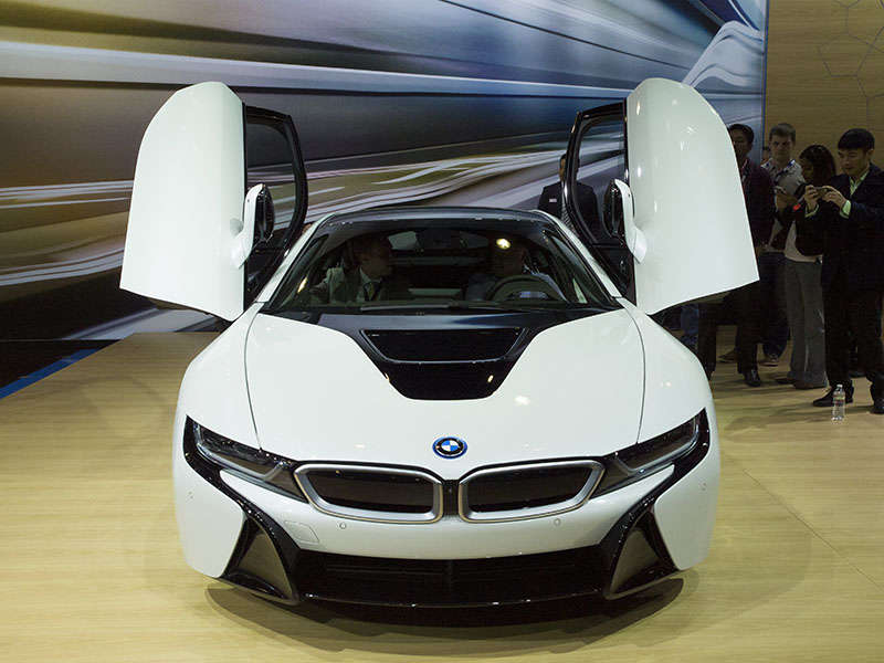 2015 BMW i8 Preview: 2013 Los Angeles Auto Show