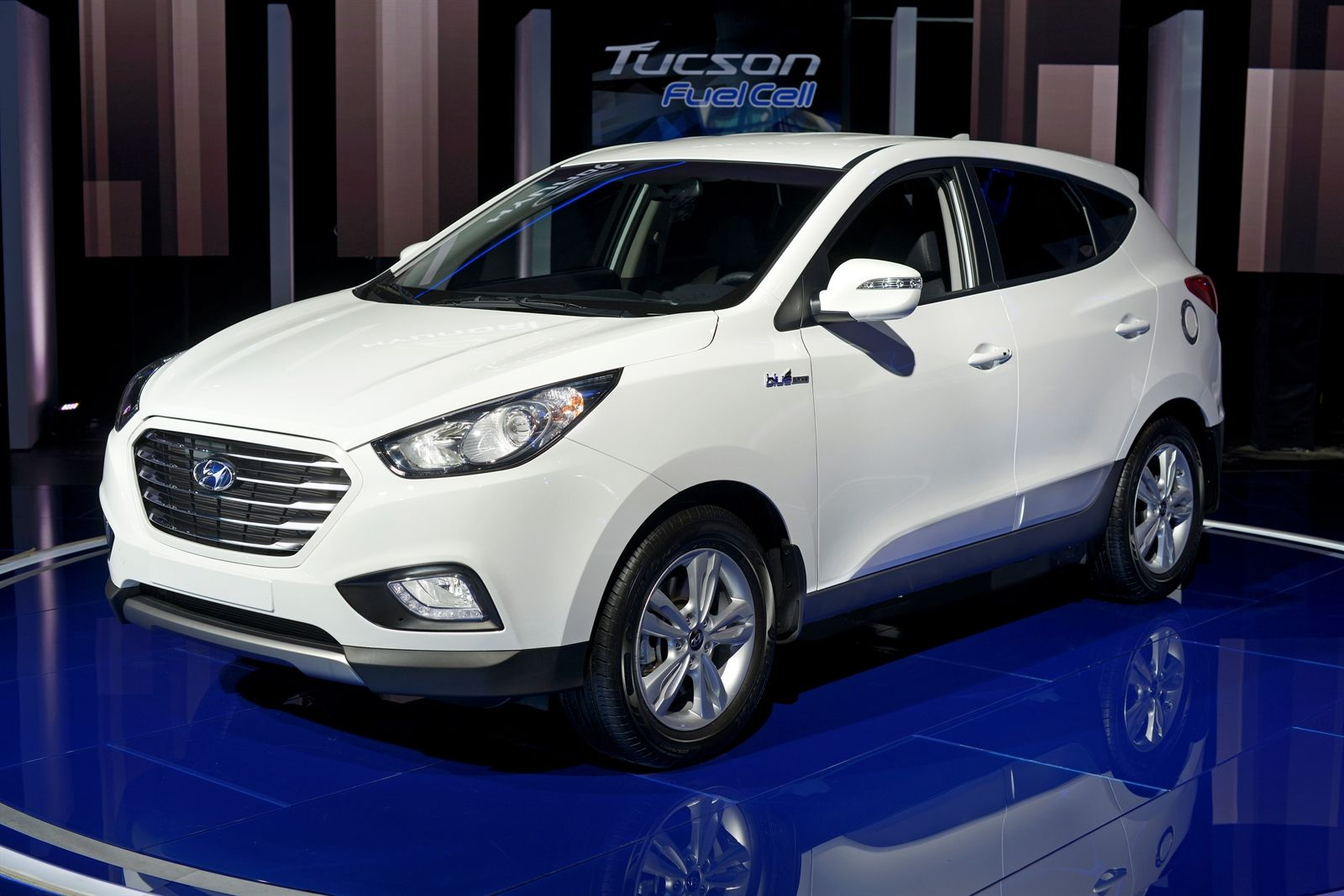 New 2015 Hyundai Tuscon Fuel Cell Preview: 2013 Los Angeles Auto Show